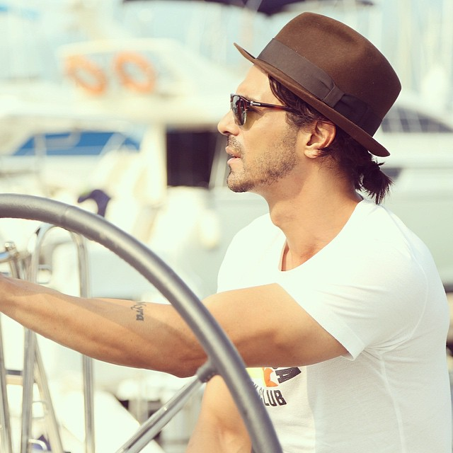 Arjun Rampal Stylish Picture