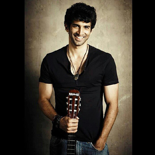 Aditya Roy Kapur Stylish Picture
