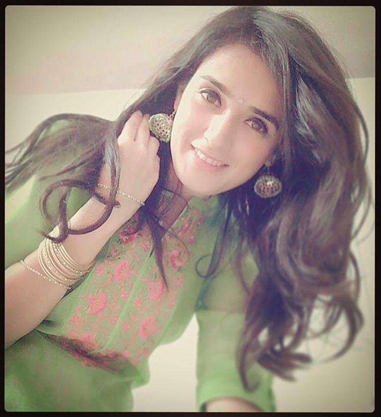 Pankhuri Awasthy TV Actress Picture