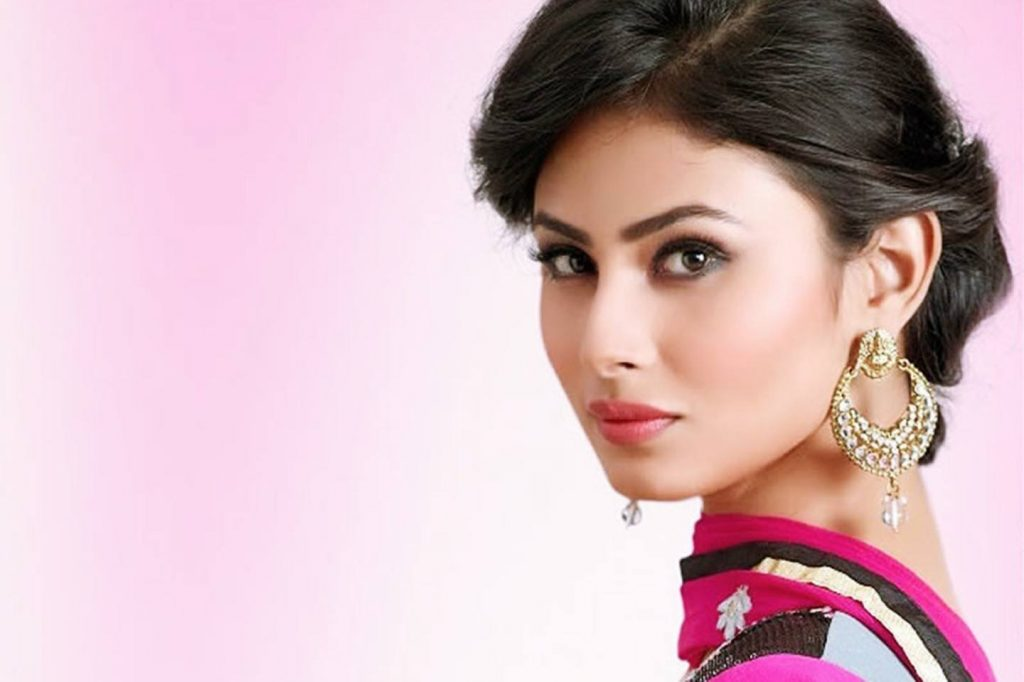 Mouni Roy HD Image
